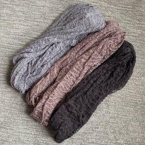 Bundle of 3 Paula Bianco infinity scarves!